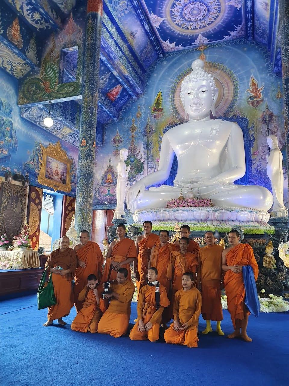 chiang rai blue temple 1