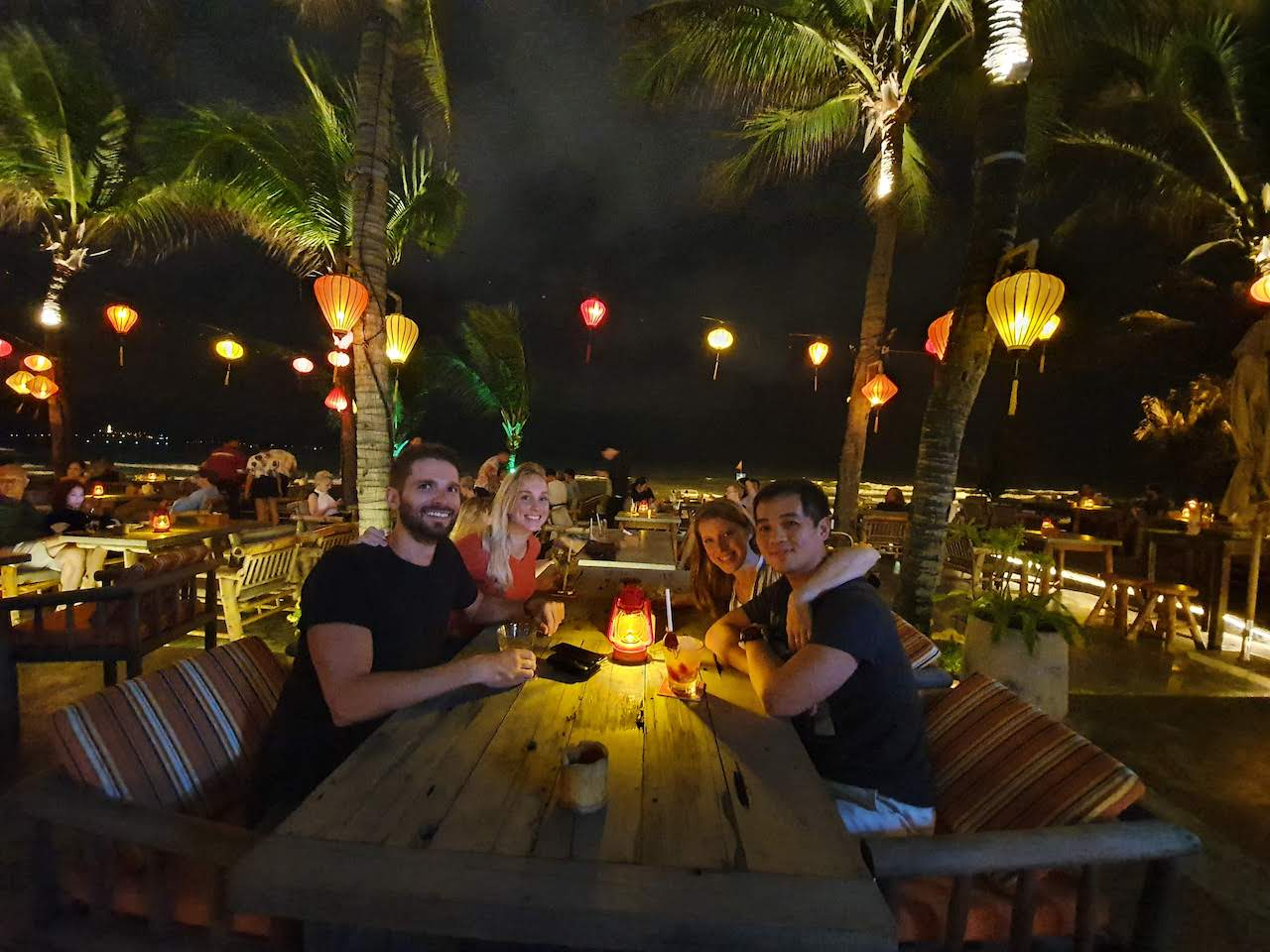 da nang beach club at night