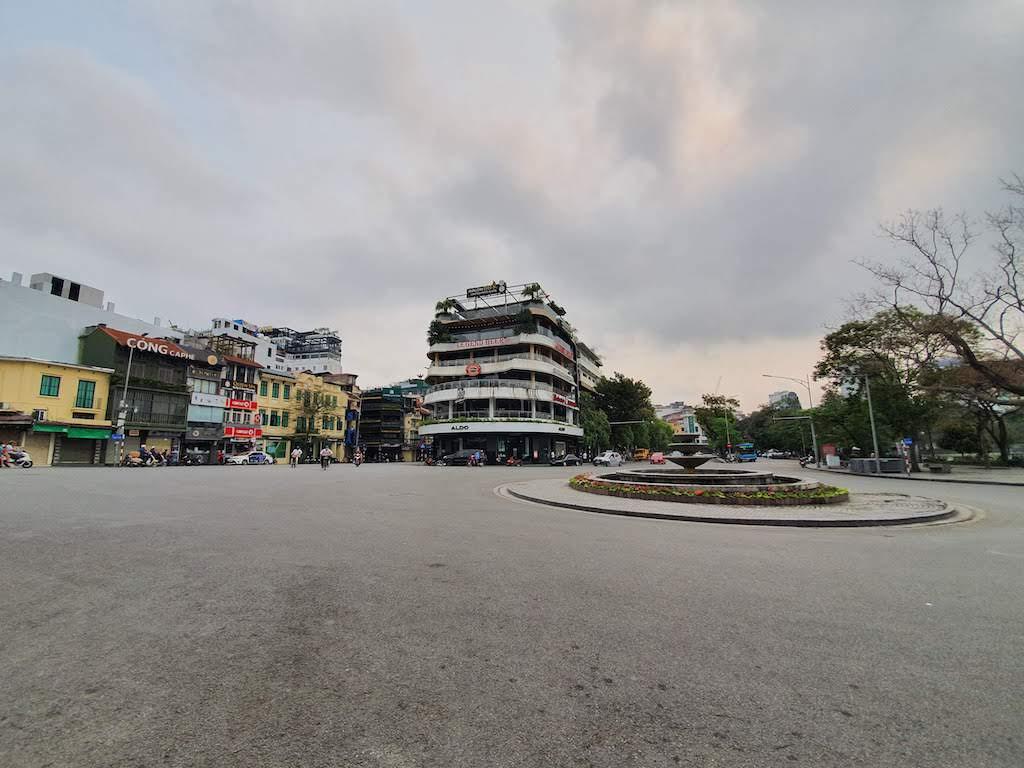 hanoi empty streets