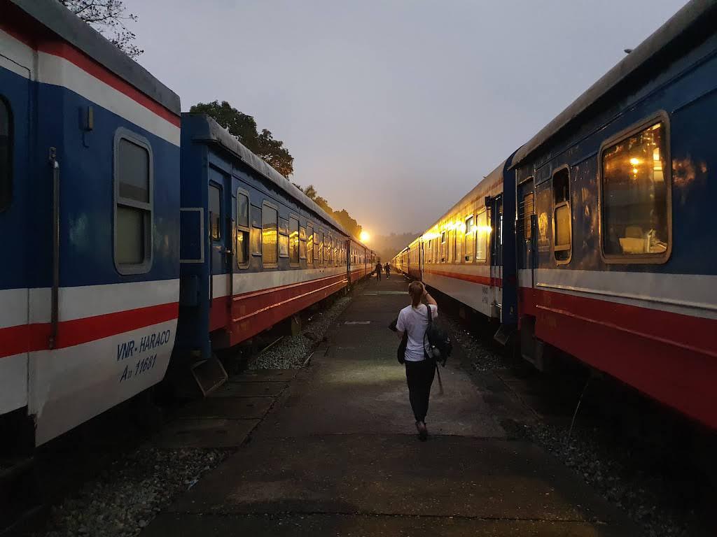 night train morning sapa