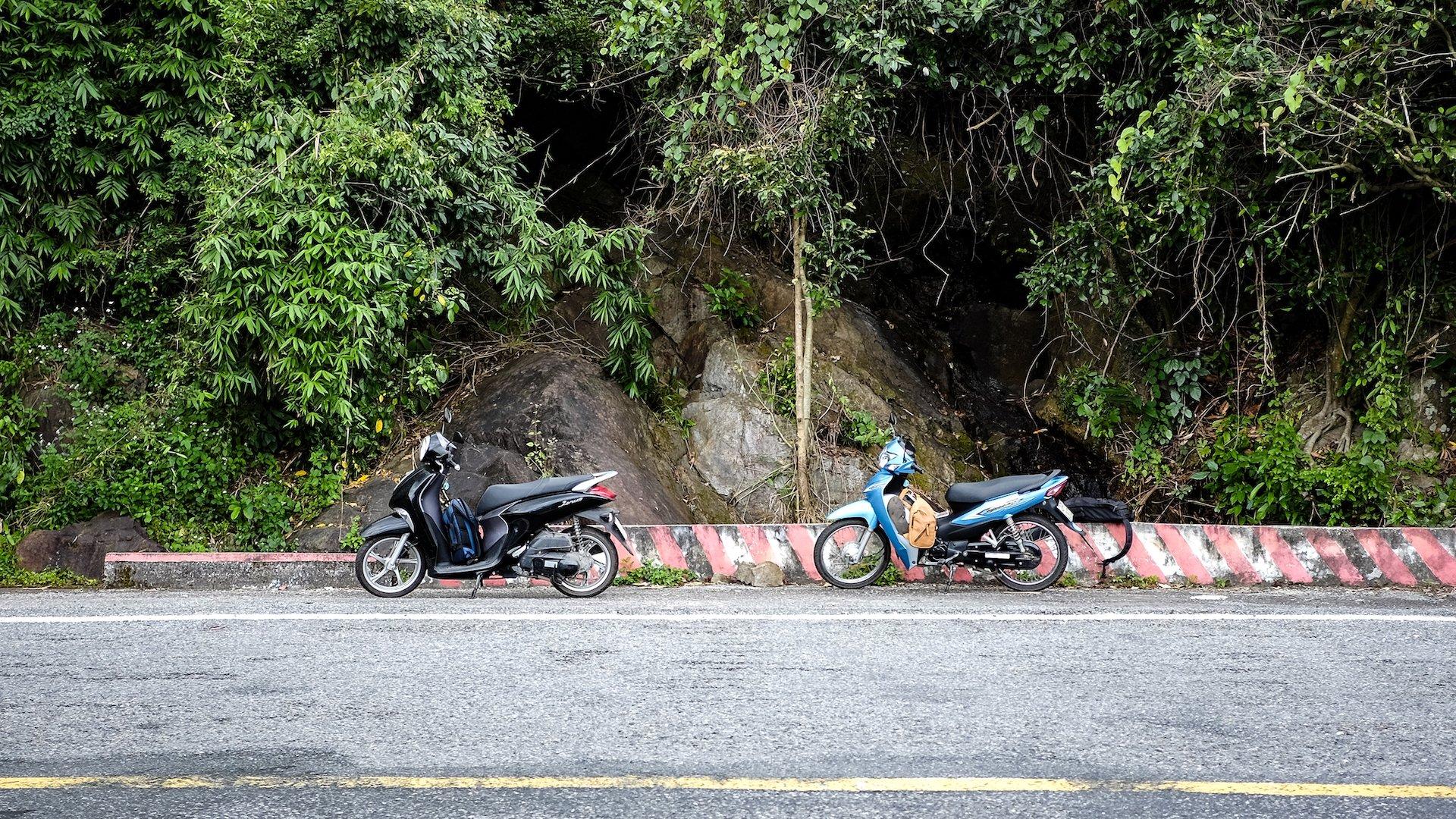 Hai Van Pass bikes