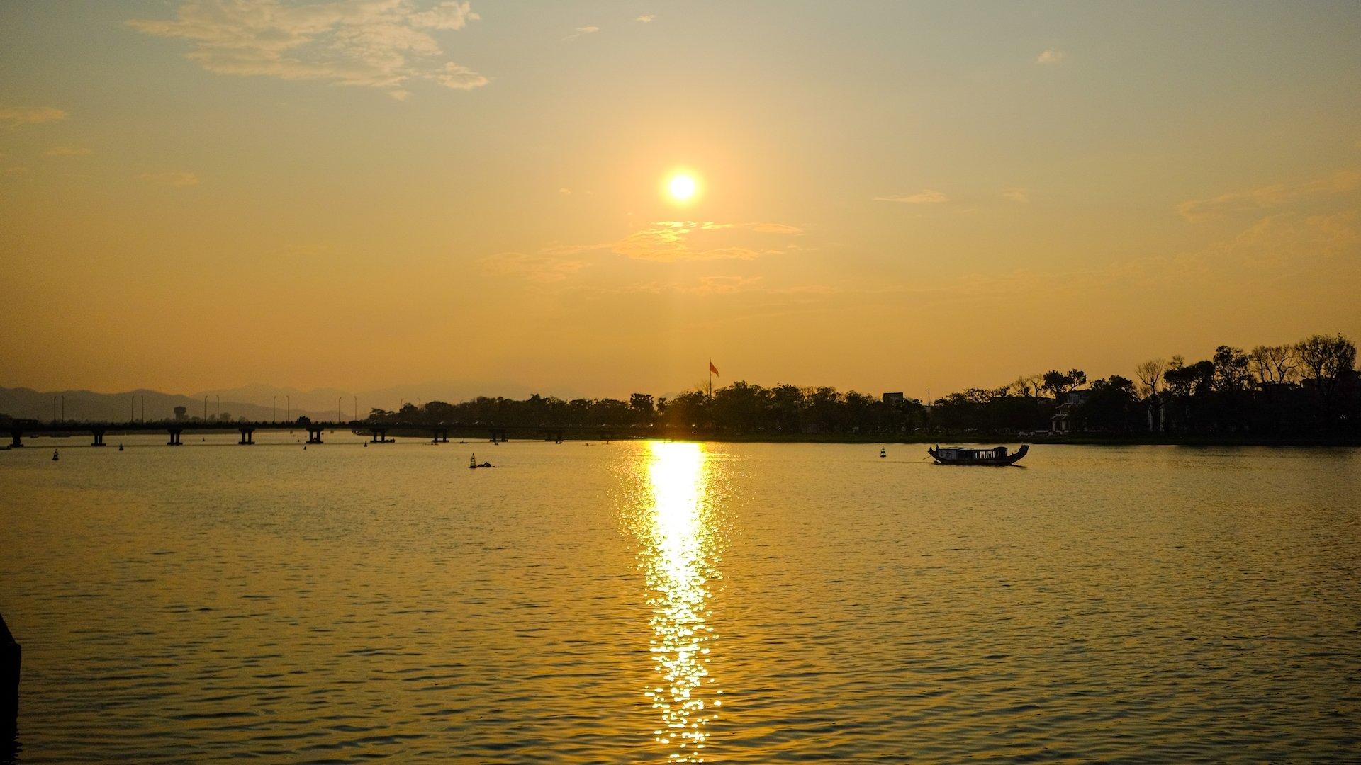 Hue Sunset