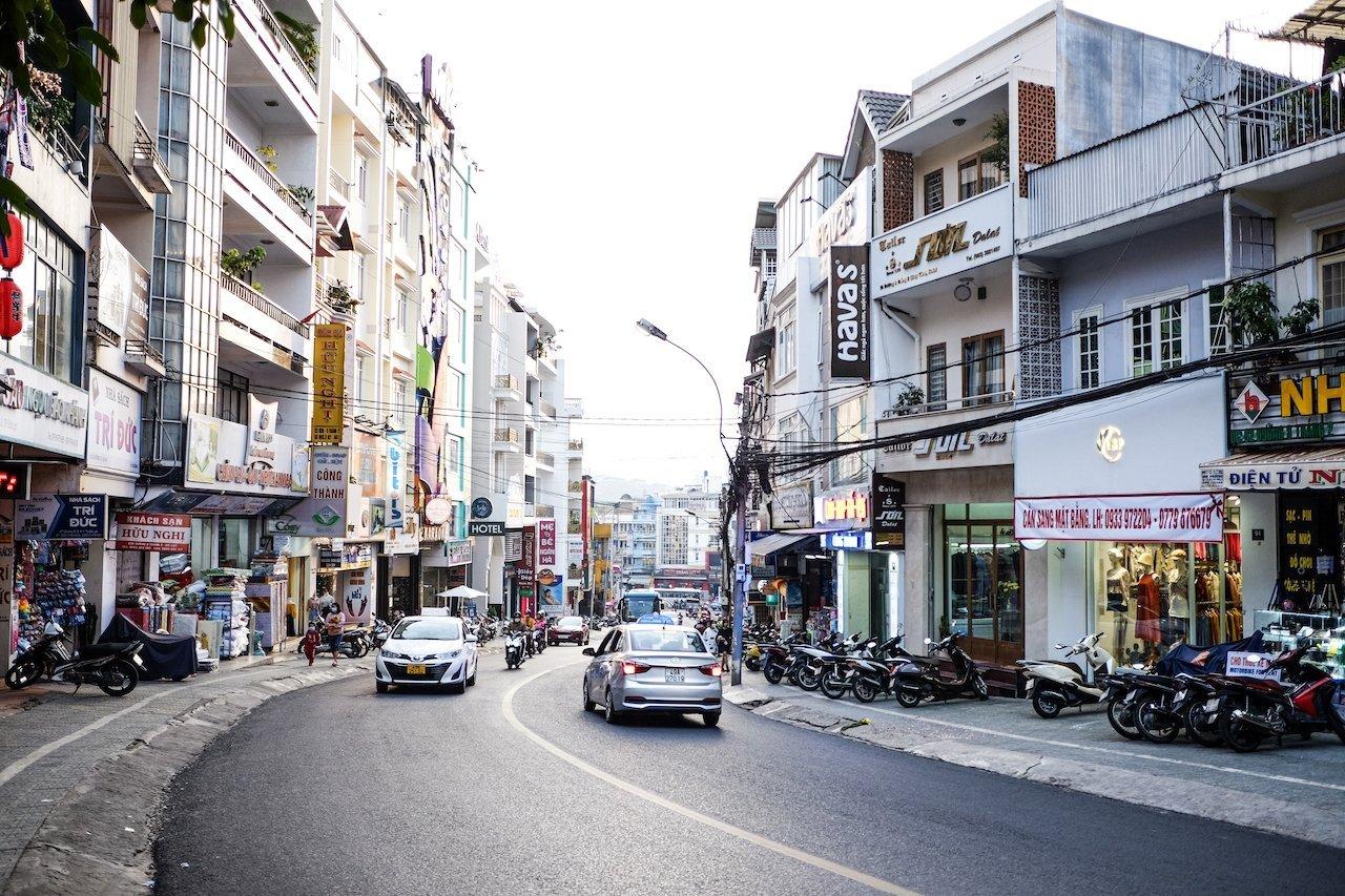 Da Lat city center streets