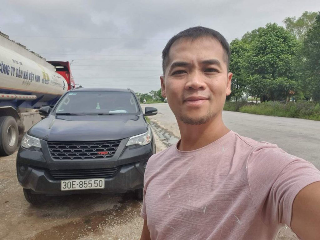 4 Car Ride Da nang Hanoi