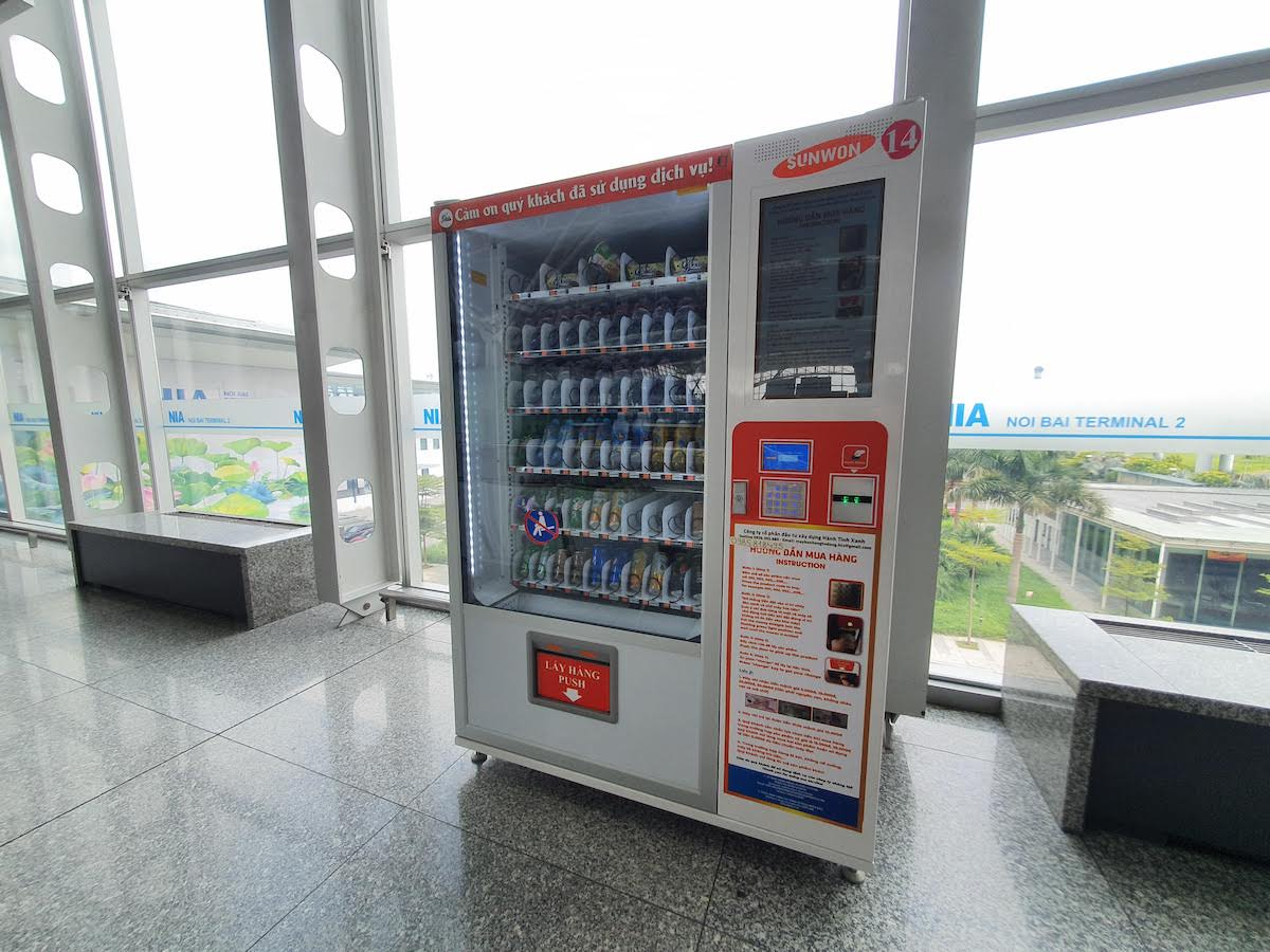 13 Leaving Vietnam Noi Bai Airport Vending Machine
