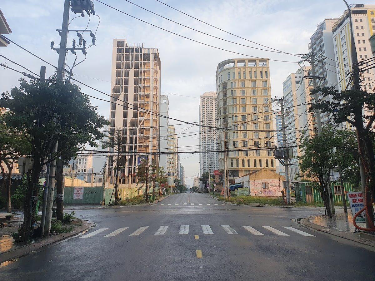 Lockdown Danang Empty streets