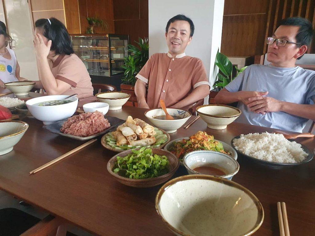 Moon family Vegan Food 01